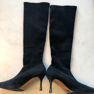 Manolo Blahnik Knee high Suede Boots